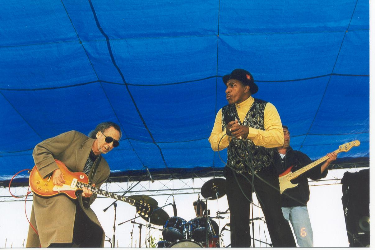 John García performing with John Lee Hooker, Jr.
